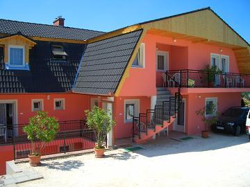 1420 Apartman aktualis hirek