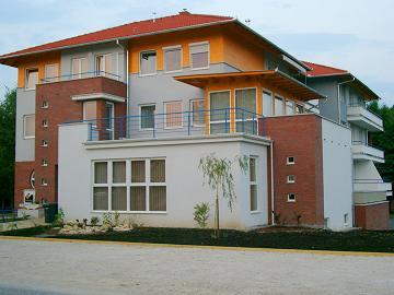 2230 Apartman aktualis hirek